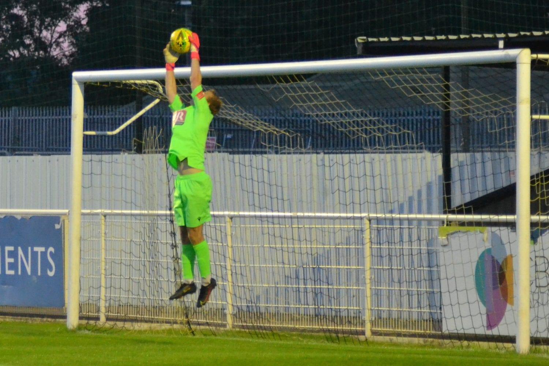 Cheshunt FC 2-2 FC Romania