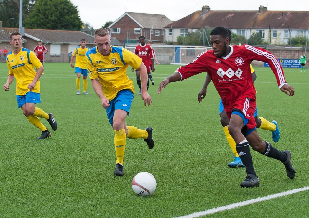 Gallery: Chessington (H) – Cup