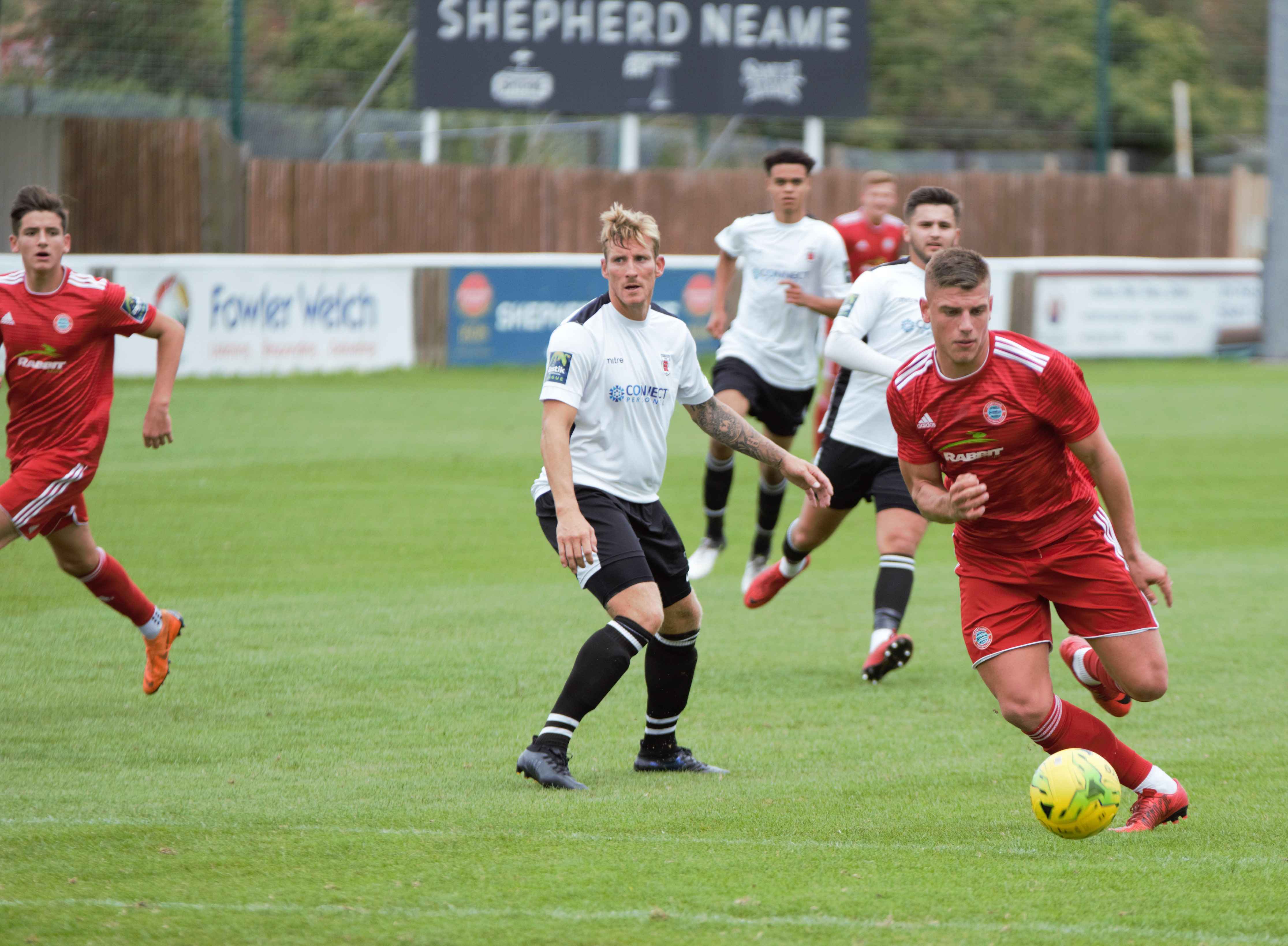 Read the full article - Gallery: Faversham Town [A] – FA Cup