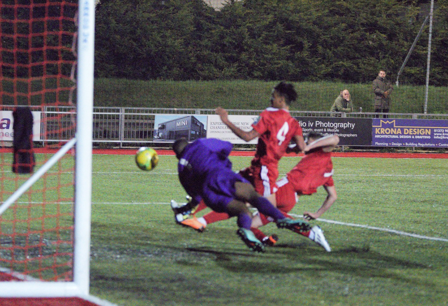 Read the full article - HIGHLIGHTS: Worthing 1-2 Cray Wanderers [H] – FA Youth Cup