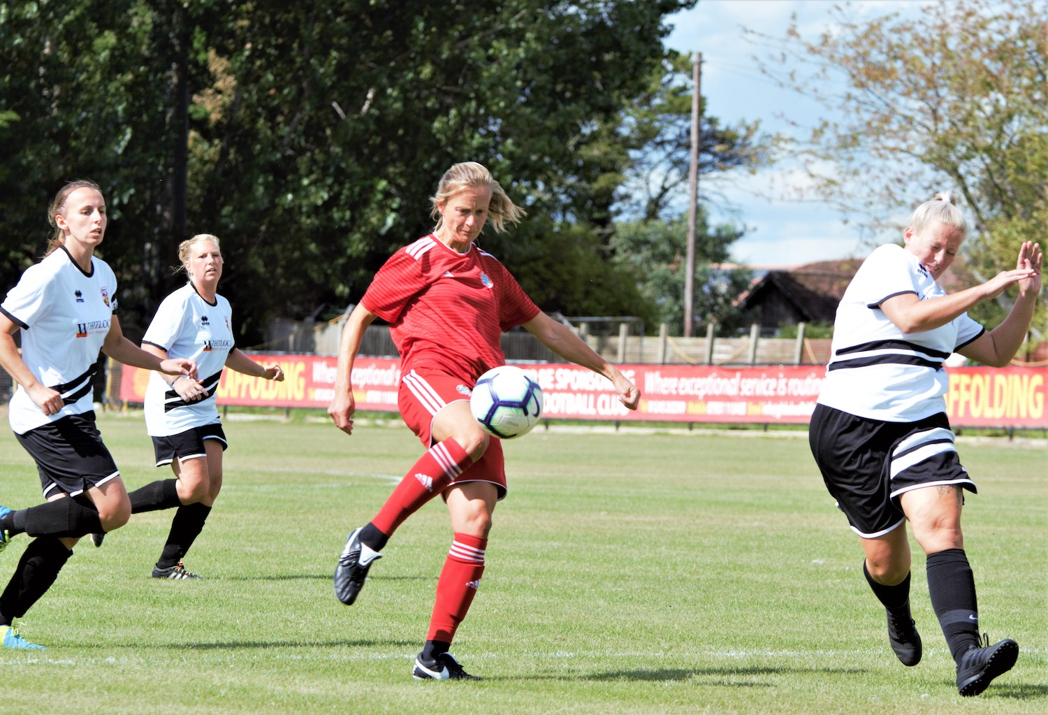 Read the full article - Worthing edge past Pagham to progress in Women's FA Cup