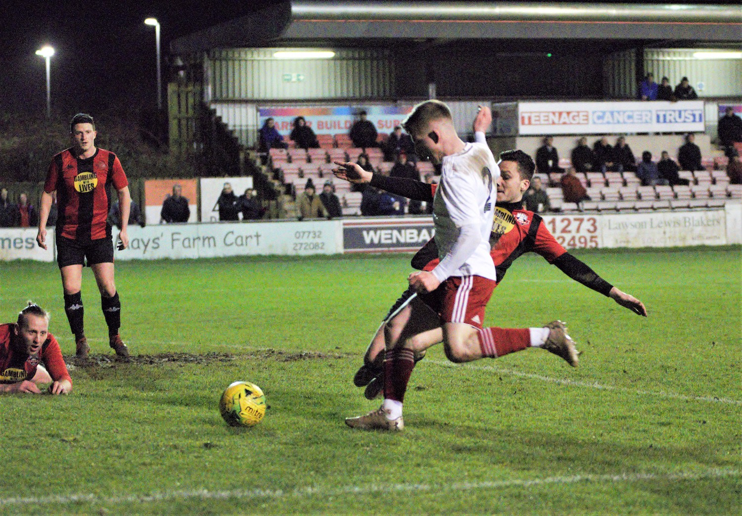Read the full article - GALLERY | 19/20: Lewes [A] – League