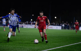 Tanners edge Reds in seven goal thriller